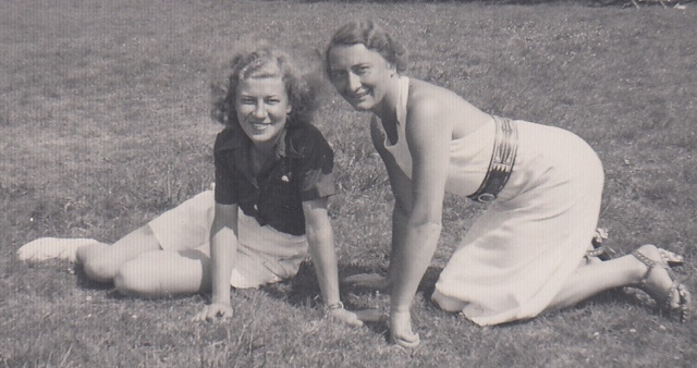 Tilly & Miep VaartjesN