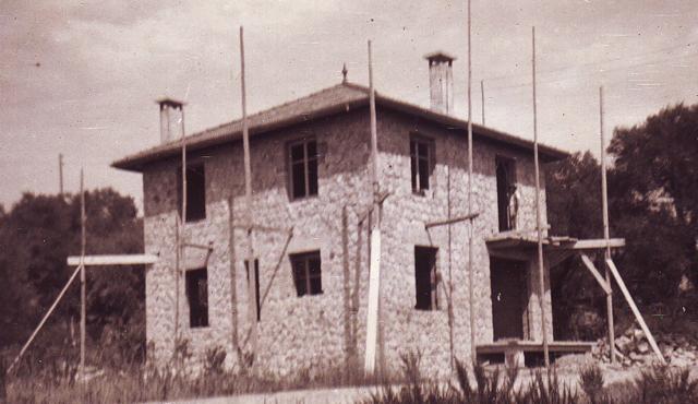 1932.VillaKupari1-N